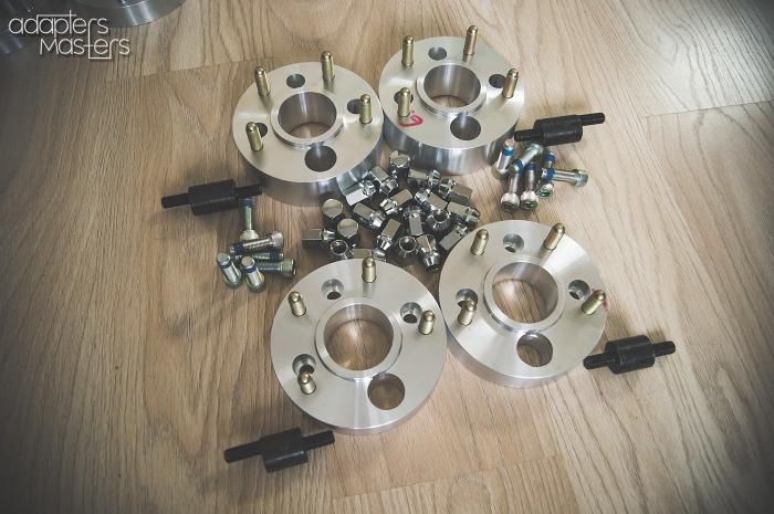 4x100-5x130_on_HondaCivic (9). Adapters Masters. Колесные проставки и адаптеры